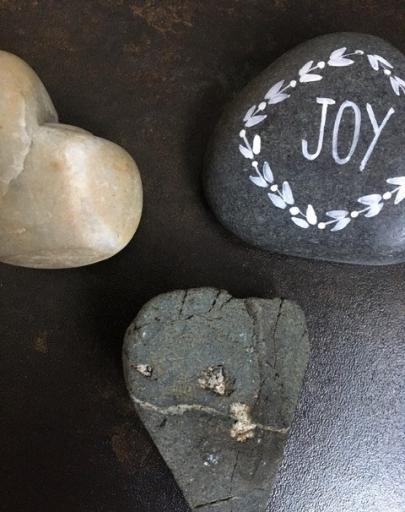 RW joy hearts